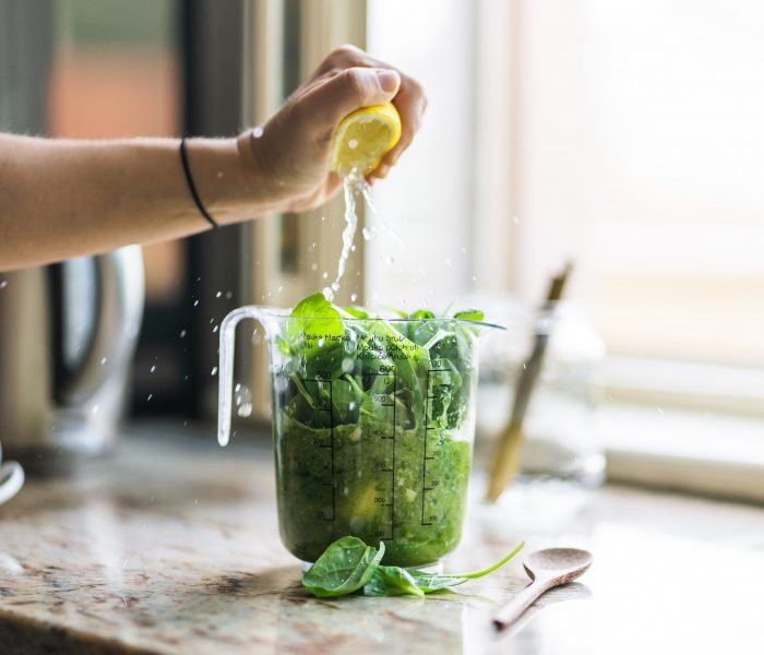Spinach Smoothie for a Spring Detox